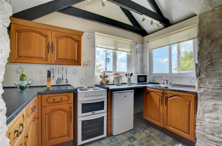 love cottage kitchen